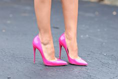 Camila Coelho in fuschia patent So Kate