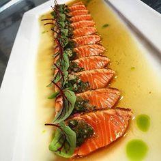 Seafood buffet ideas life new Ideas Sushi Recipes, Salmon Recipes, Seafood Recipes, Asian Recipes, Cooking Recipes, Healthy Recipes, Sushi Comida, Sashimi Sushi, Japanese Dishes