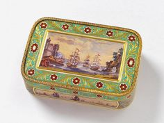 A Suisse 18 ct gold and enamel snuff box with London marks