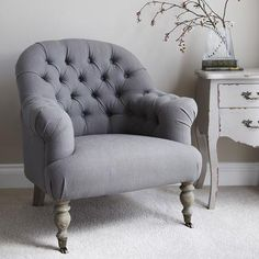 Linen Button Back Armchair in Grey  (Chair)