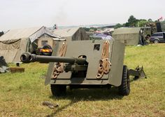 17-Pounder AT Gun Atvs, Historical Pictures, British Army, Armored Vehicles, World War Two, Marines, Trauma, Military Vehicles, Ww2