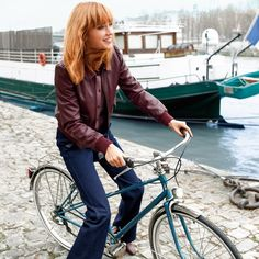 Flare-Jeans MADEMOISELLE R Mademoiselle R, Bike Style, Bicycle, Beauty, Fashion, Seasons Of The Year, Autumn, Fashion Ideas, Womens Fashion
