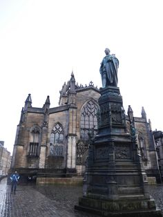 St Gile's Cathedral in the bleak Scottish winter | Laugh Travel Eat