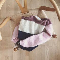 Knitting Patterns, Burlap, Reusable Tote Bags, Crochet, Fashion, Moda, Knit Patterns, Hessian Fabric, Fashion Styles