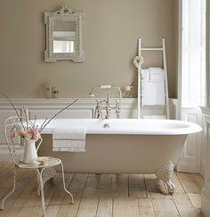 Clawfoot tub dream bath tub