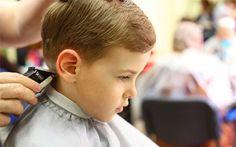 Consigue un pelo sano con <strong>un corte, lavado y masaje capilar por 6,90€ para caballero</strong>. También disponible oferta para <strong>niño hasta 10 años por sólo 5,90€</strong>