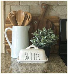 Farmhouse Style Kitchen, Country Farmhouse Decor, Modern Farmhouse Kitchens, Country Kitchen, Home Kitchens, Farmhouse Design, Kitchen White, Rustic Kitchen, Farmhouse Ideas