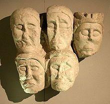 Têtes coupées provenant du site d'Entremont