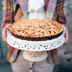 Buy Apple pie by on PhotoDune. Women in vintage clothes holding apple pie Apple Tart Recipe, Apple Pie Recipes, Tart Recipes, Gourmet Recipes, Healthy Recipes, Brie Au Four, Vegan Egg Replacement, Do It Yourself Food, Köstliche Desserts