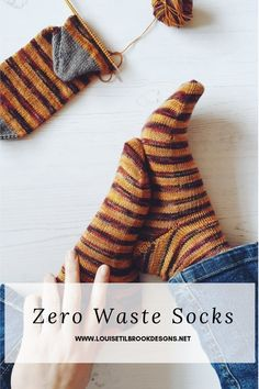Zero waste socks : Fed up of having left after knitting yourself a pair of socks. This is how I solved the problem of leftover sock yarn – my first zero waste sock project Knitting Socks, Knitting Stitches, Baby Knitting, Knit Socks, Yarn Projects, Knitting Projects, Crochet Projects, Debbie Macomber, Knitting Designs