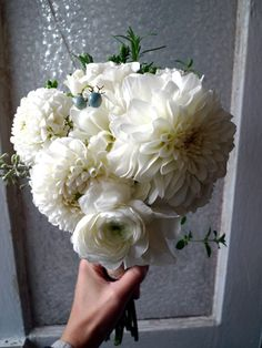 october wedding bouquets | Posted on October 22, 2011 by prettystreets