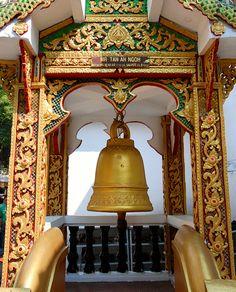 Temple bell, Doi Suthep,Chiang Mai, Thailand | Flickr: Intercambio de fotos