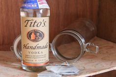 Our friend Jess, aka Burger Mary shows us how to make sweet tea infused Tito's Handmade Vodka!