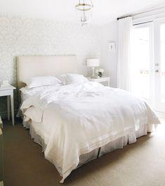 All White Bedroom Design - Bedroom All White Bedroom, White Bedroom Design, White Interior Design, White Bedding, Linen Bedding, White Bedrooms, Bed Linens, Comforter, Bedding Sets