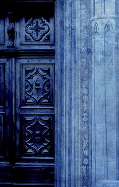 Find images and videos about blue, door and indigo on We Heart It - the app to get lost in what you love. Love Blue, New Blue, Blue And White, Dark Blue, Azul Indigo, Bleu Indigo, Indigo Colour, Everything Is Blue, Pop Art