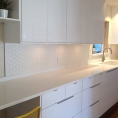 Hexagon tile kitchen backsplash