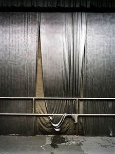 Larry Sultan, Silver Curtain