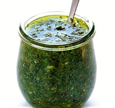 Chimichurri - a szósz, ami mindenhez passzol Roasted Garlic Cauliflower, Cauliflower Soup, Banana Recipes, Diet Recipes, Healthy Recipes, Savoury Finger Food, Chimichurri, Food Inspiration, Fimo