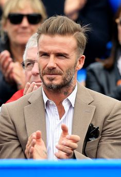 Pin for Later: David Beckham Enjoys Some Sweet Father-Son Bonding With Romeo at a Tennis Match David Beckham Photos, David Beckham Style, David Beckham Haircut, David Beckham Short Hair, Hair And Beard Styles, Hair Styles, Bend It Like Beckham, Tennis Match, Charming Man