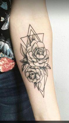 Rosas y triángulos💕