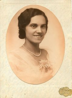 1918. egy nagynéni | Flickr - Photo Sharing!