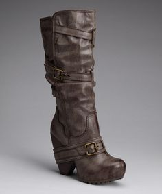 Brown boot. Yes, please!