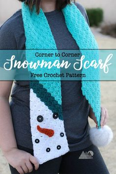 Snowman Scarf Free Crochet Pattern - Winding Road Crochet Snowman Scarf is a beautiful fun and creative way to create a fun scarf using the corner to cor Crochet Christmas Hats, Christmas Scarf, Crochet Snowman, Christmas Crochet Patterns, Beau Crochet, Moda Crochet, Confection Au Crochet, Crochet Crafts, Crochet Ideas