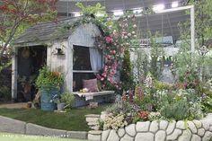 Organic Gardening Tips Shed Design, Garden Design, Garden Trellis, S Garden, Potting Sheds, She Sheds, Organic Gardening Tips, Enchanted Garden, Container Gardening