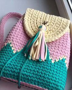 Crochet Backpack Pattern, Free Crochet Bag, Crochet Clutch, Bag Pattern Free, Crochet Handbags, Crochet Purses, Diy Crochet, Crochet Crafts, Crochet Tote Bags