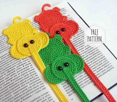 Knitted Bookmarker Free Pattern Crochet Bookmark Pattern, Crochet Bookmarks, Crochet Books, Easy Crochet Patterns, Crochet Elephant, Crochet Baby, Free Crochet, Crochet Stitches For Beginners, Book Markers