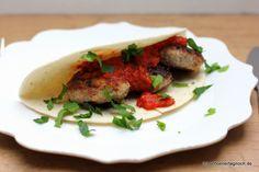 Schöner Tag noch! Food-Blog mit leckeren Rezepten für jeden Tag: Orientalische Hackbällchen mit Dattel-Tomaten-Soße...