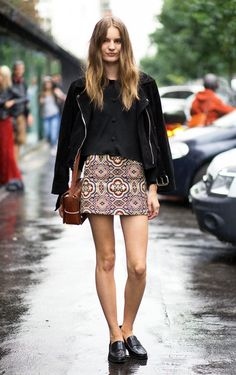 Model-Off-Duty Style: Get Tilda Lindstam's Printed Skirt Look For Fall via @WhoWhatWear