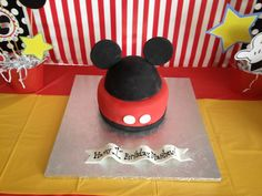 Simple Mickey Mouse cake