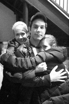 Anna Camp, Skylar Astin, and Brittany Snow