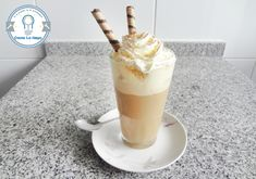 Final Latte Recipe, Cafe Bar, Crepes, Parfait, Glass Of Milk, Sweet Recipes, Ice Cream, Pudding, Fresh