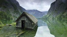 독일, 호수에 잠긴 낚시 오두막