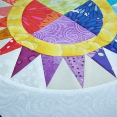 How to do Big Stitch Hand Quilting with Perle Cotton tutorial Quilting For Beginners, Quilting Tips, Machine Quilting, Quilting Board, Quilting Projects, Sewing Projects, Pattern Blocks, Quilt Patterns, Craft Patterns