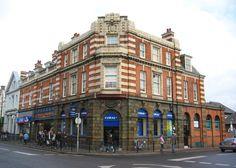 historical corner buildings images | File:Corner building on Market Street - geograph.org.uk - 323843.jpg