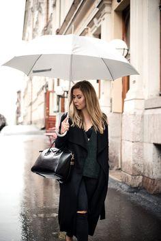 Rainy Day - Alexa Dagmar : Alexa Dagmar