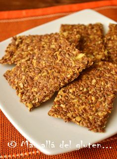 Más allá del gluten...: Crackers de Linaza (Receta GFCFSF, Vegana, RAW)