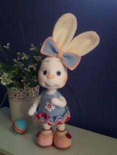 Crochet Home Decor, Cuddling, Free Crochet, Crochet Patterns, Bunny, Mini, Pretty, Amigurumi, Fabrics