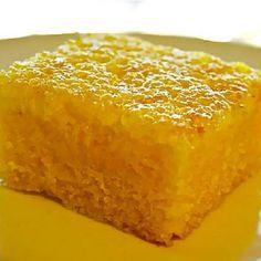 Receita simples de Bolo de Fubá Mimoso sem Glúten e sem Lactose! Você vai se deliciar! Confira no nosso blog!