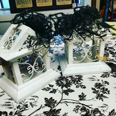 Super cute little bird house decor pieces! White chalk painted with a black jute bow. Only $5.95 #unique #upcycle #Boutique #leaguecity #diy #chalkpaint #cute #summer #fleamarketflip #DIY #vintage #ephemeral #hollywoodregency #strawberryhill