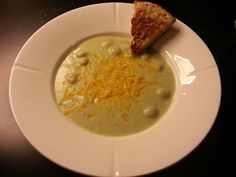 Cauliflower/broccoli soup