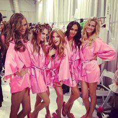Karlie Kloss, Cara Delevingne, Constance Jablonski, Joan Smalls and Toni Garrn backstage @ Victoria's Secret 2012 #fashion #models