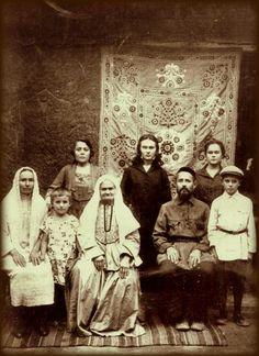 Tatars.Татрская семья.Ташкент нач.20в.