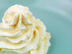 Whipped vanilla icing recipe easy