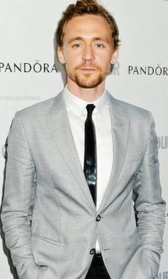 Tom Hiddleston. Still hoping my over-exposure  terapy works...nop still the same hiddlestoner