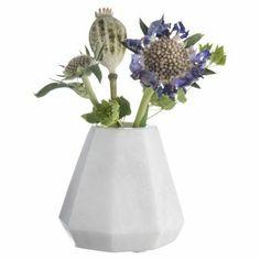 Madam Stoltz Vase Marmor