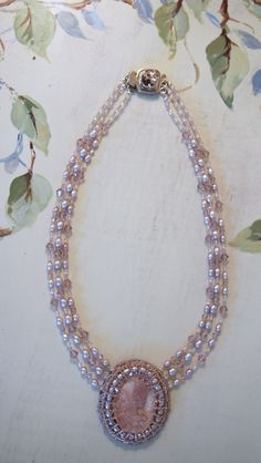 WOW TAKE A LOOK AT THIS Vintage Rose Beaded Necklace